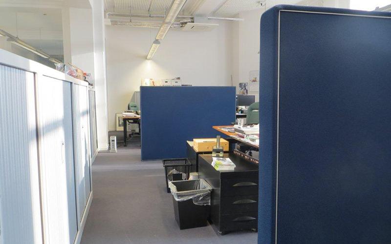 Scheidingswand bureau's
