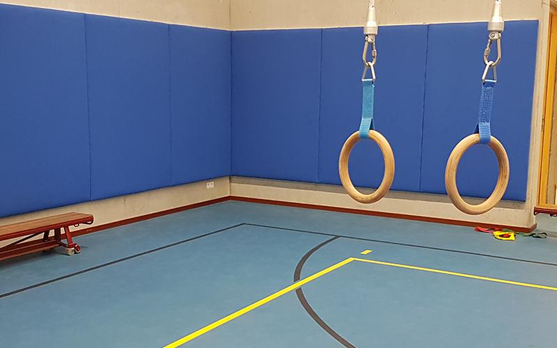 Slechte akoestiek in een gymzaal